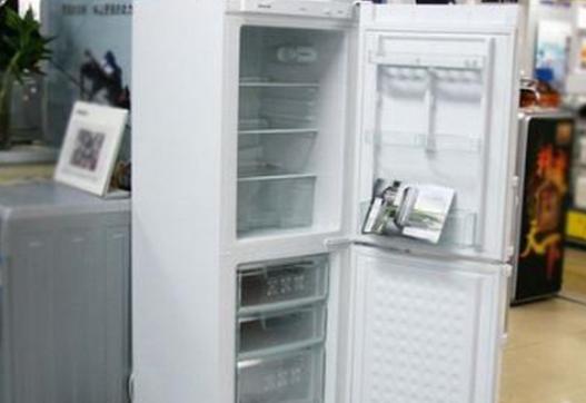 冰箱门关不严