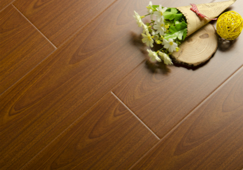 验收地板的环节