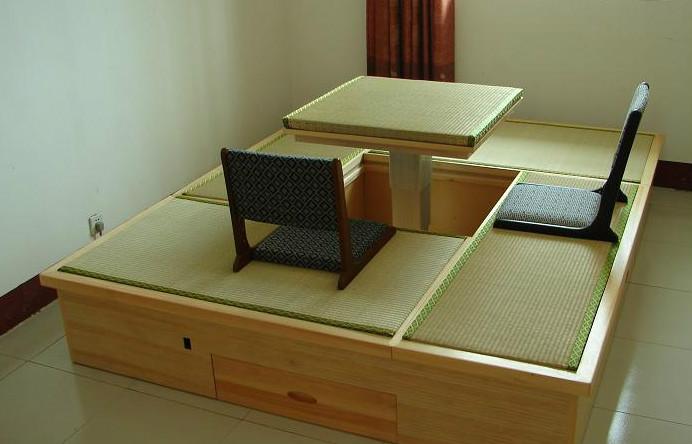 榻榻米床垫
