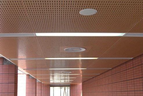 穿孔铝板的安装方法