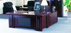 如何选购优质的办公桌?