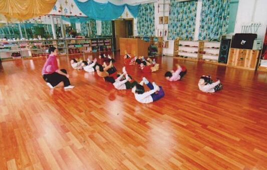 儿童舞蹈地板