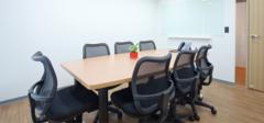 小空间办公室装修技巧与注意事项