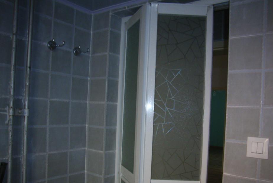 卫生间折叠门
