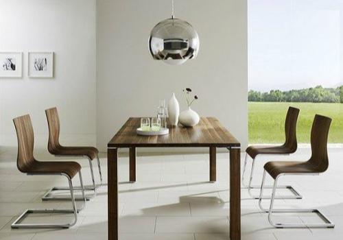 现代餐桌效果图