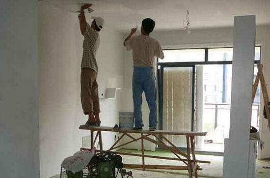 墙面油漆施工