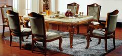 如何保养实木餐桌椅?