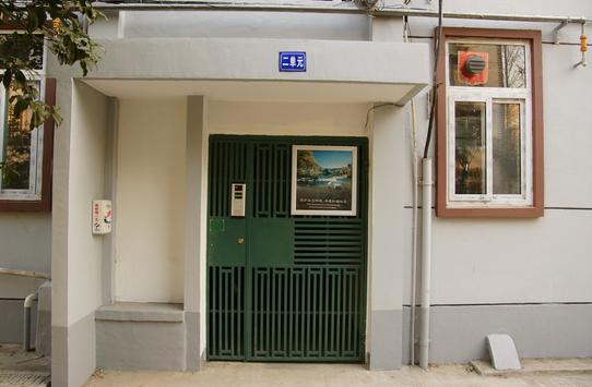 电子防盗门