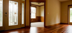 实木复合地板的保养方法