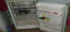 冰箱漏水该怎么办