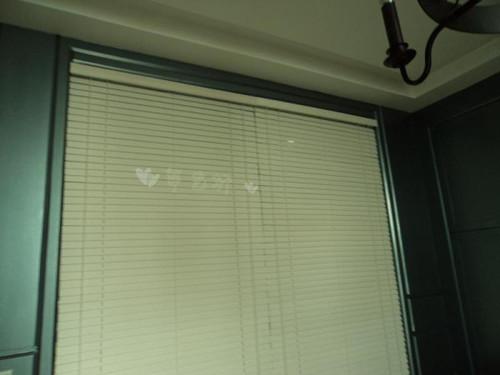 卫生间百叶窗