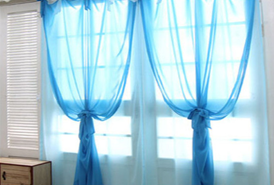 窗帘杆安装