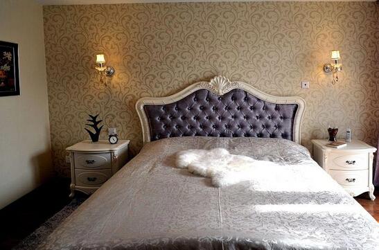 新古典风格卧室背景墙装修