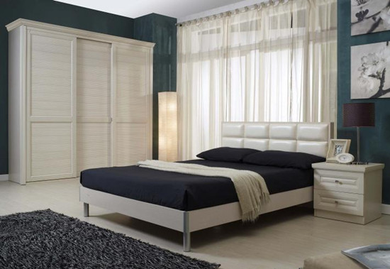 卧室整体衣柜