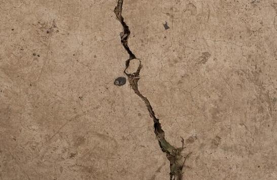 墙面裂缝修补