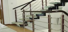楼梯栏杆选什么样的材料比较好