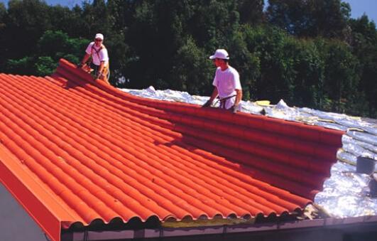 琉璃瓦屋顶漏水
