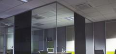 玻璃隔断的厂商,玻璃隔断的优点
