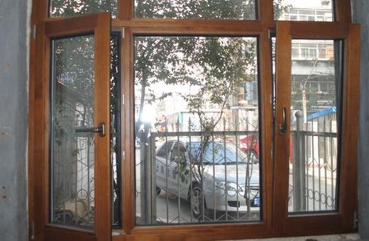彩铝与塑钢门窗