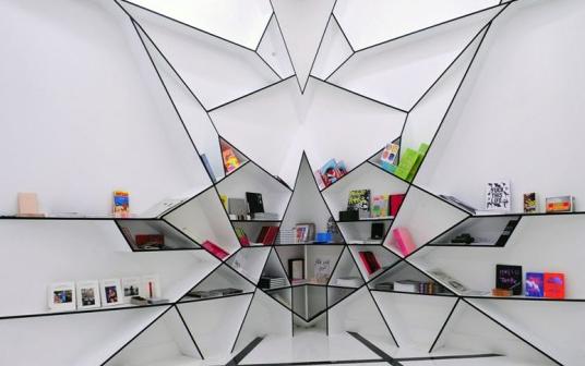 墙面创意书架设计