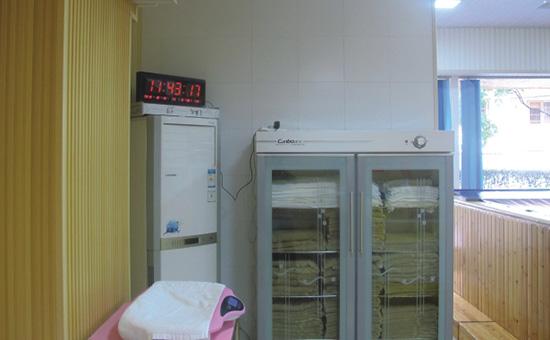 毛巾消毒柜