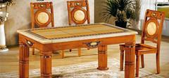 大理石餐桌的规格以及保养方法