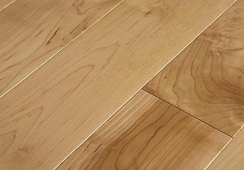 如何辨别实木地板的真伪?