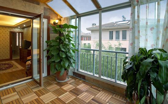 阳台防腐木地板