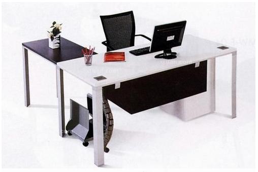 2015年办公桌图片