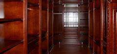 实木衣柜的制作材料哪种好?