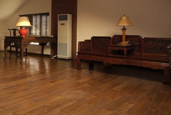 地板装修干铺与湿铺区别