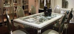 玻璃餐桌的保养方法有哪些?