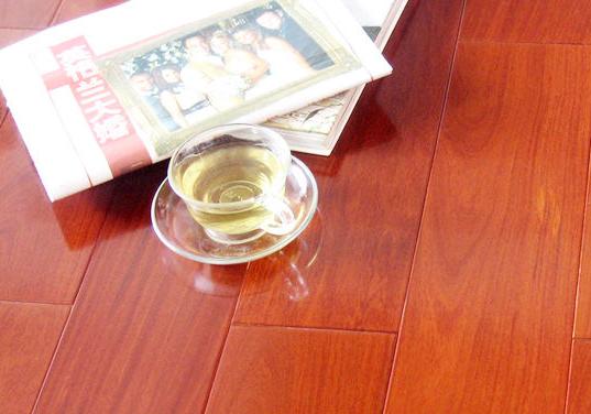 实木地板材质选择