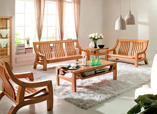 实木沙发选购要素三   对于辨别面板的强度也是非常容易的,就是用手指按压感觉面板的牢度即可,为了能够很好的辨别舒适度,就是坐上去体验一下,只要是舒适就行,对于实木沙发的颜色、款式以及风格可以根据自己的家装需要进行选择,选择出合适的沙发的款式以及风格,可以根据设计师设计的