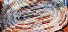 手工编织地垫,纯手工制品欣赏!