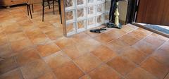 如何清洁保养家装仿古砖?