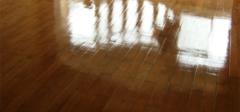 木地板打蜡有什么讲究?