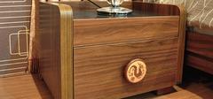 松木家具的选购与保养方法