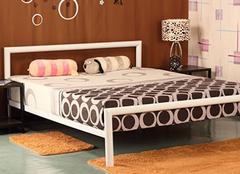 专家教你如何选购铁艺床?