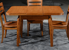 你家实木餐桌是怎样保养的?