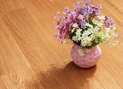 实木地板翻新,让地板光洁如初