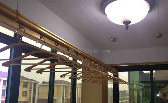 阳台升降晾衣架