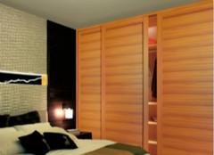 实木衣柜,为衣物提供更好的容身之处!