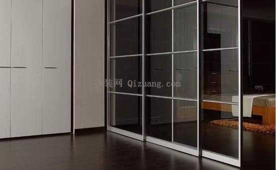 玻璃隔断门