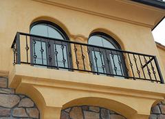 阳台护栏隐患大,三种防护形式来帮你!