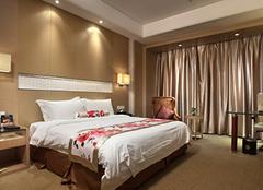 卧室灯具有哪些实用的选购方法?