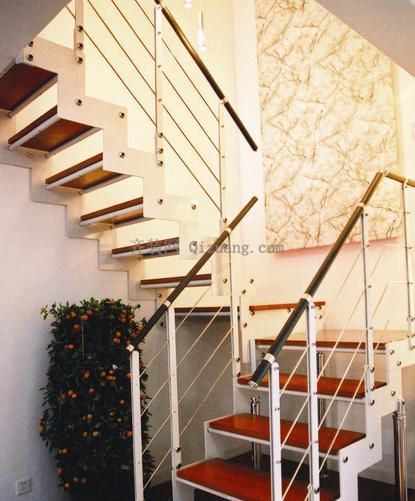 楼中楼的楼梯