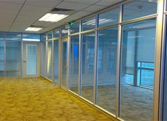 玻璃隔断墙这样保养,越用越新!