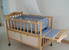 如何为宝宝选购一款安全的婴儿床?