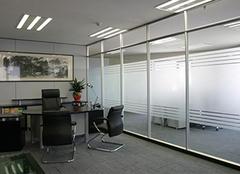 玻璃隔断墙为什么流行于办公室装修?